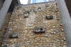 Nijmegen-029-Molenstraatkerk-of-Peter-Canisiuskerk-beeldenmur