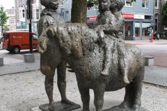 Nijmegen-165-Sculptuur-Ponyrijden-door-Pieter-dHont