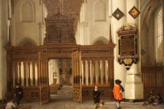 Hendrick-van-Vliet-1661-Gezicht-in-de-Nieuwe-Kerk-met-memorietafel-2