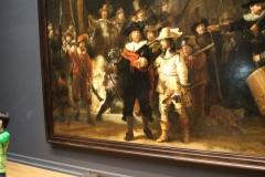 Rijksmuseum-Amsterdam-125-De-Nachtwacht-met-publiek