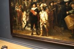 Rijksmuseum-Amsterdam-126-De-Nachtwacht-met-publiek