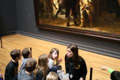 Rijksmuseum-Amsterdam-127-De-Nachtwacht-met-publiek
