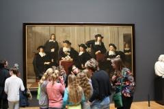 Rijksmuseum-Amsterdam-163-Studenten-bij-een-schilderij