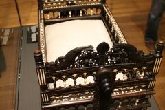 Rijksmuseum-Amsterdam-257-Houten-wiegje-ingelegd-met-ivoor