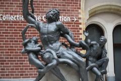 Rijksmuseum-Amsterdam-029-Beeld-in-ontvangsthal