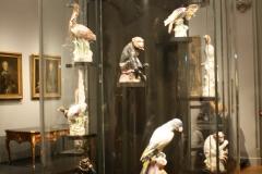 Rijksmuseum-Amsterdam-343-Kast-met-dierenbeelden-van-aardewerk