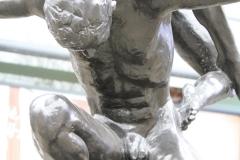 Rotterdam-139-Beeld-Triomf-van-Kees-Verkade-1995-detail