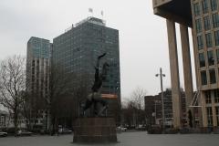 Rotterdam-161-Beeld-De-Verwoeste-Stad-door-Ossip-Zadkine-1953