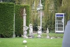 Rotterdam-293-Telefooncel-van-Leendert-van-der-Vugt-in-museumtuin-Boymans-van-Beuningen