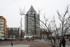 Rotterdam-123-Blaaktoren-Potloodgebouw-en-kubuswoningen