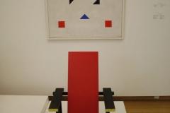 Gerrit-Rietveld-1950-ca-Rood-blauw-zwarte-Stoel
