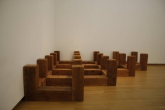Carl-Andre-1985-Bloody-Angle-1