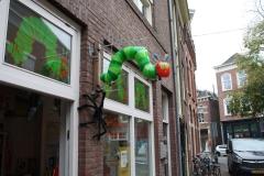 2017-10-10-Den-Bosch-002-Rupsje-Nooitgenoeg-bij-kinderboekhandel