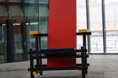 Rietveldstoel-op-station