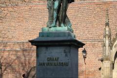 Utrecht-018-Standbeeld-Graaf-Jan-van-Nassau