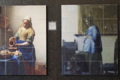 2016-04-09-Delft-Johannes-Vermeer-002-Enkele-schilderijen-in-tegels