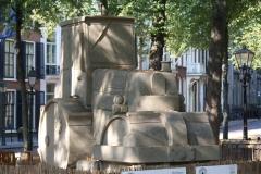 2018-07-24-Den-Haag-Zandsculpturen-022-Baldrick-Buckle-De-weg-vanaf-Scheveningen-wereldkampioen
