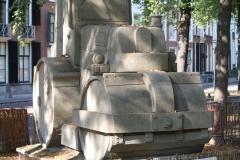 2018-07-24-Den-Haag-Zandsculpturen-024-Baldrick-Buckle-De-weg-vanaf-Scheveningen-wereldkampioen-detail