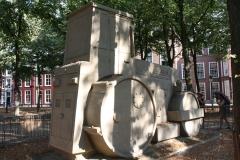 2018-07-24-Den-Haag-Zandsculpturen-029-Baldrick-Buckle-De-weg-vanaf-Scheveningen-wereldkampioen