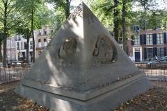 2018-07-24-Den-Haag-Zandsculpturen-036-Ilya-Filimontsev-Droom-veroorzaakt-door-de-vlucht-van-een-bij