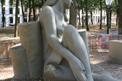 2018-07-24-Den-Haag-Zandsculpturen-060-Thomas-Koet-Nieuwe-dimensies-verkennen-beschadigd