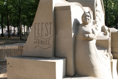2018-07-24-Den-Haag-Zandsculpturen-071-Maxim-Gazendam-Verleden-en-Toekomst